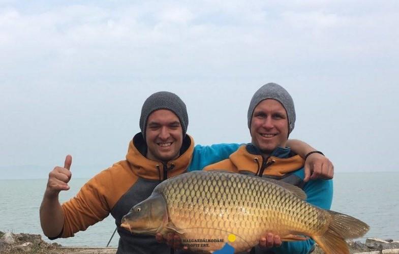 Márciusban is jönnek a 10 kg felettiek a Balatonból.